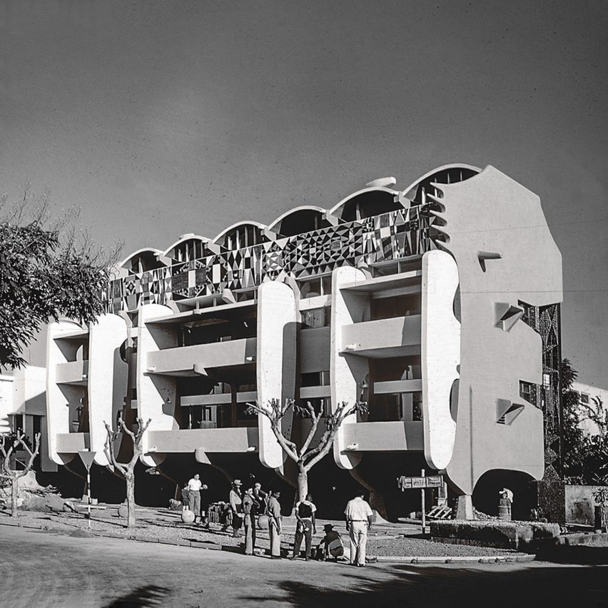 Smiling Lion Building, Maputo, by Pancho Guedes