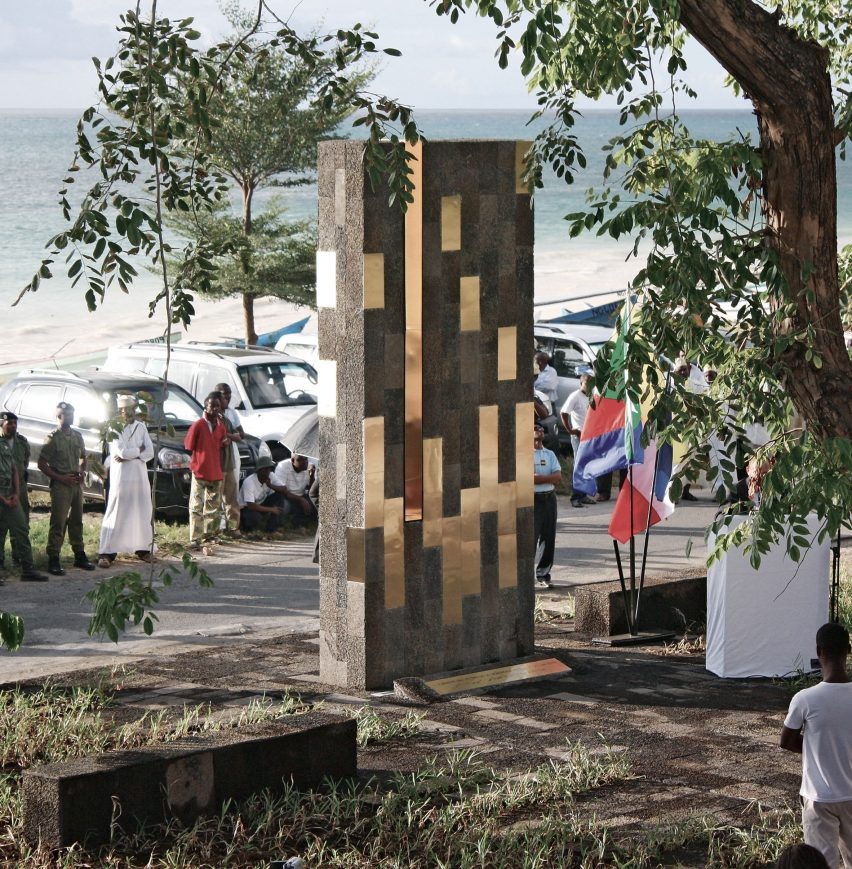 Mitsamiouli Stele, Grande Comore Island, by Mahmoud Keldi, Nadia Moussa