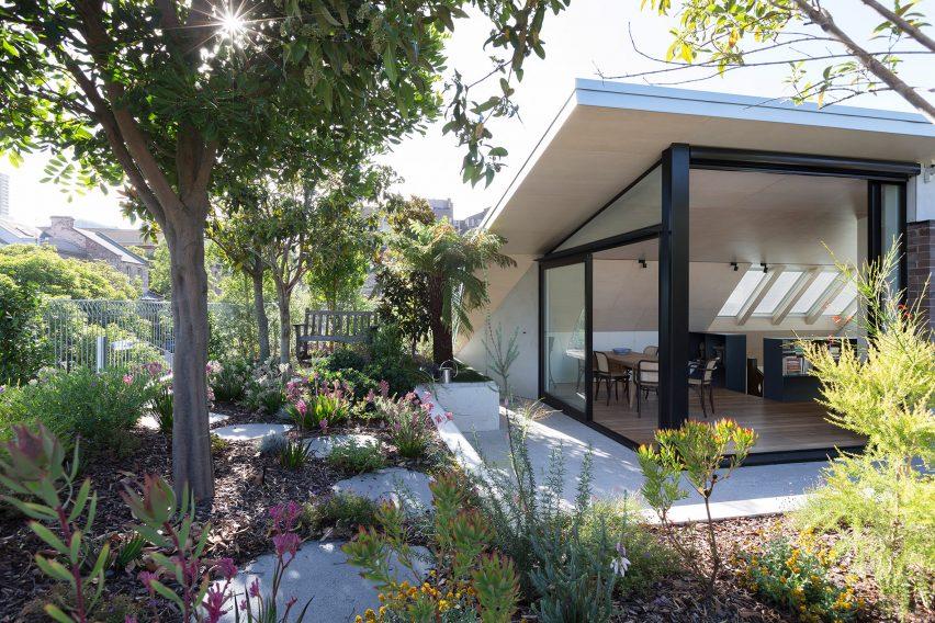 Sydney penthouse garden