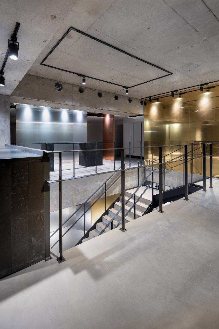 Foyer space in Tokyo fashion store
