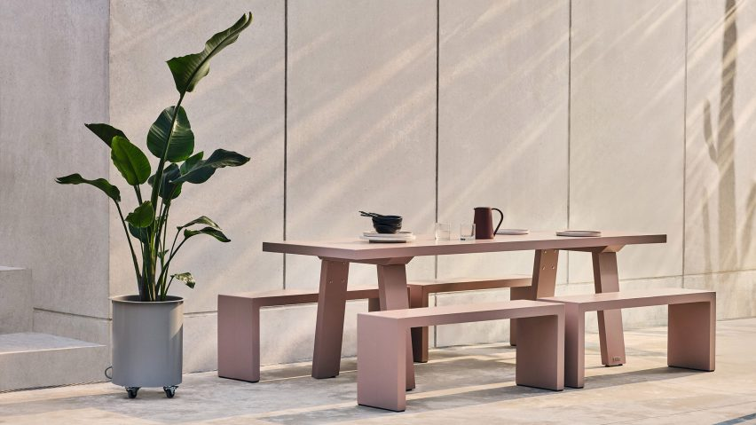Pale pink Trestle outdoor table