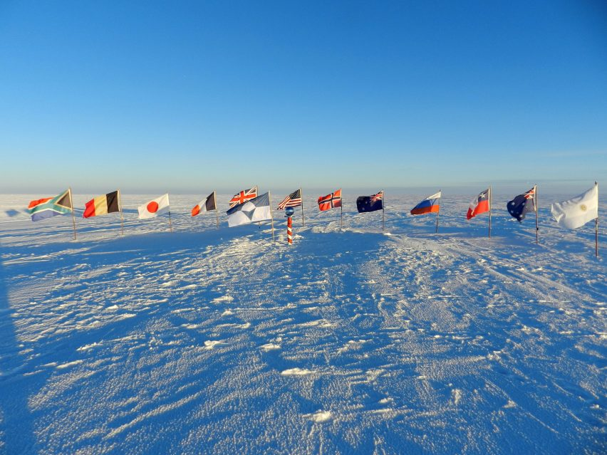 True South flag on the South Pole