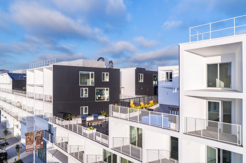 Westgate1515 by LOHA is characterised by balconies