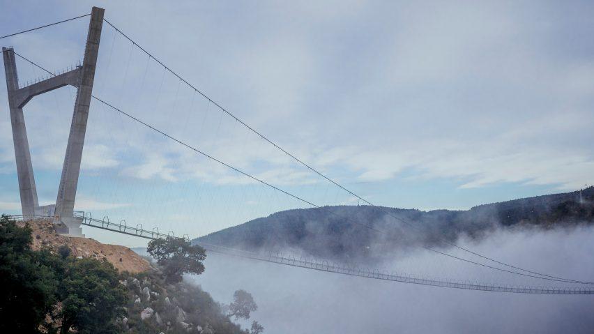 The bridge is 516 metres long