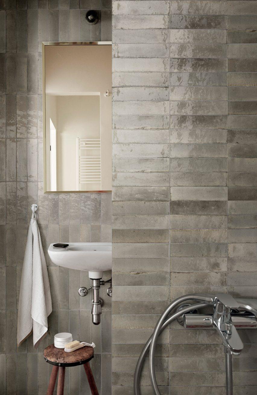Beige grey tiles show natural variation