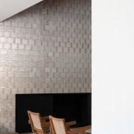 High-gloss beige wall tiles in a house interior