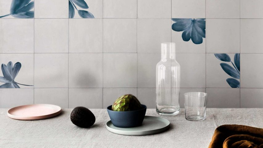 Plant patterns on the Marazzi Crogiolo Rice tiles