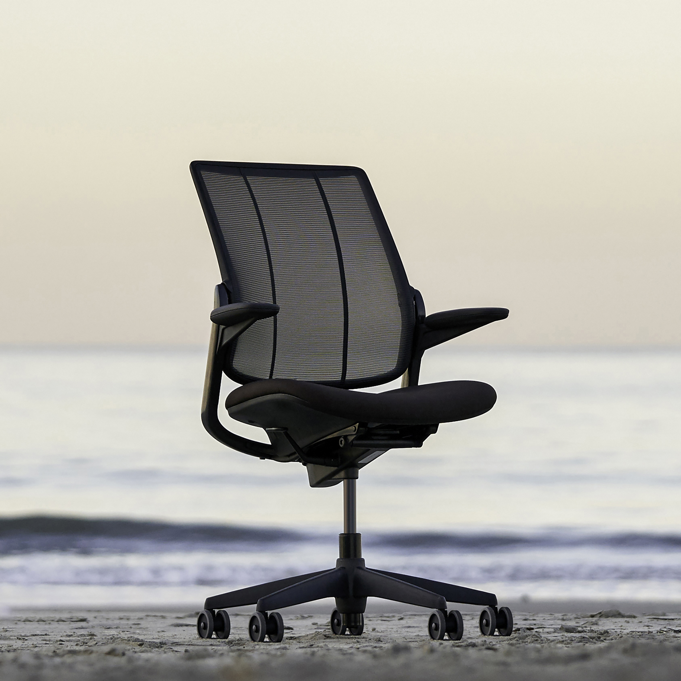 Smart Ocean chair by Niels Diffrient for Humanscale