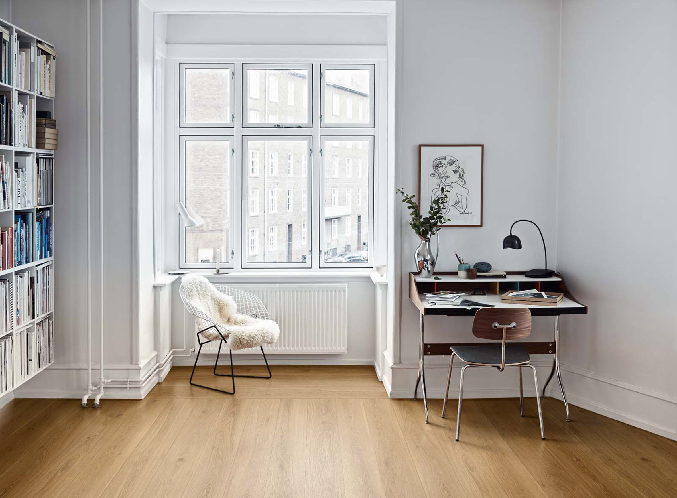 Study nook and window seat with tiled wood-like floor
