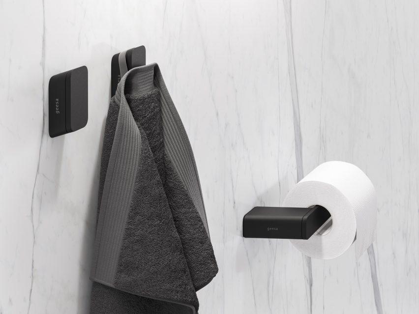 Smooth black towel hooks by Geesa