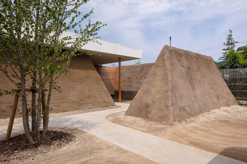 Exterior of Soil House by ADX architects