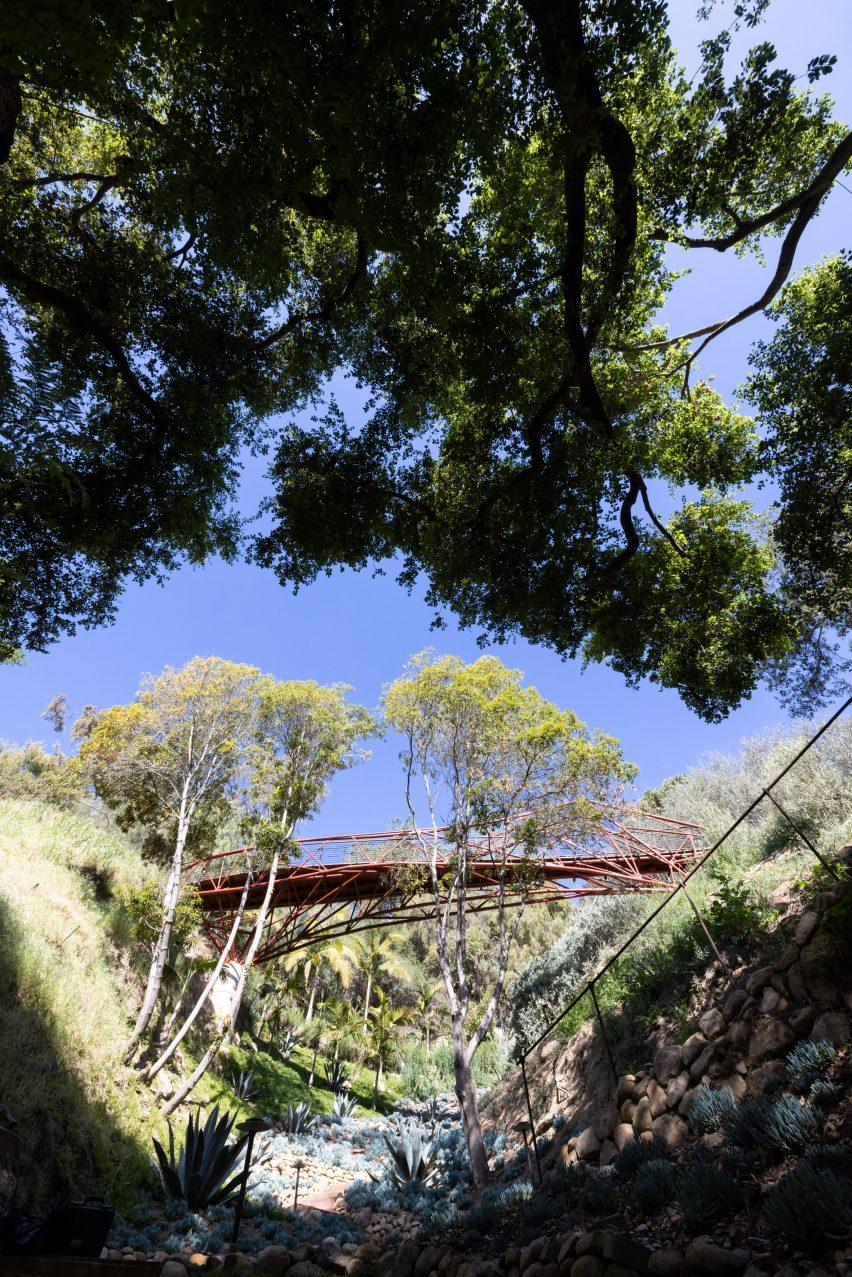 Arroyo bridge across a Los Angeles canyon