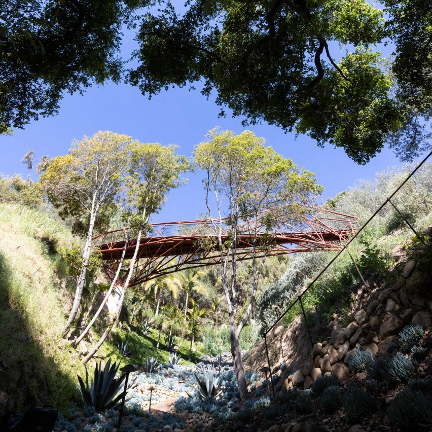 Arroyo Bridge by University of Southern California students with Madworkshop