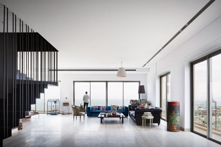 Apartment in Aya Tower