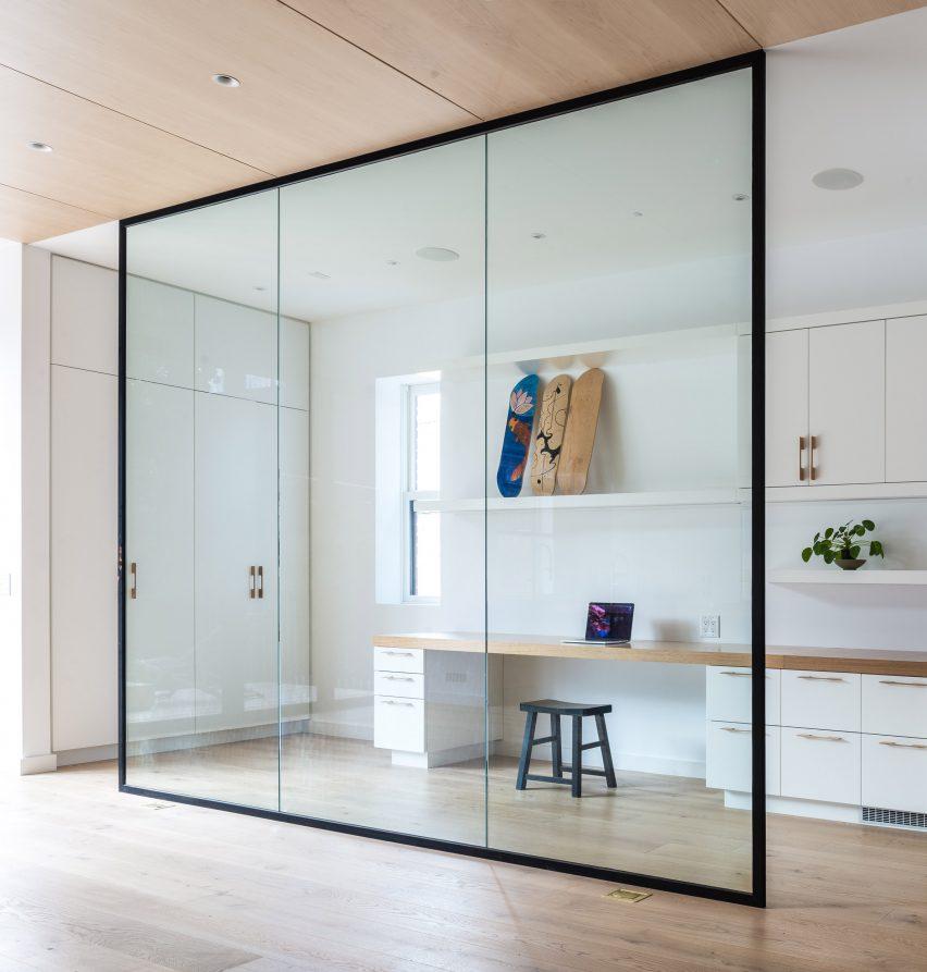 Internal glass window in Beaconsfield Residence