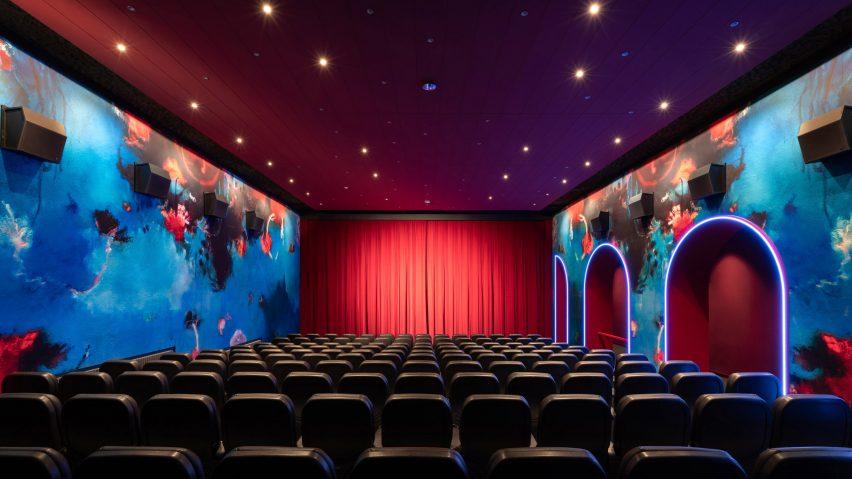 Blauer Stern cinema interior