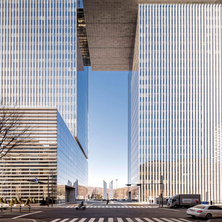 Kohn Pedersen Fox creates skyscraper as gateway to Seoul