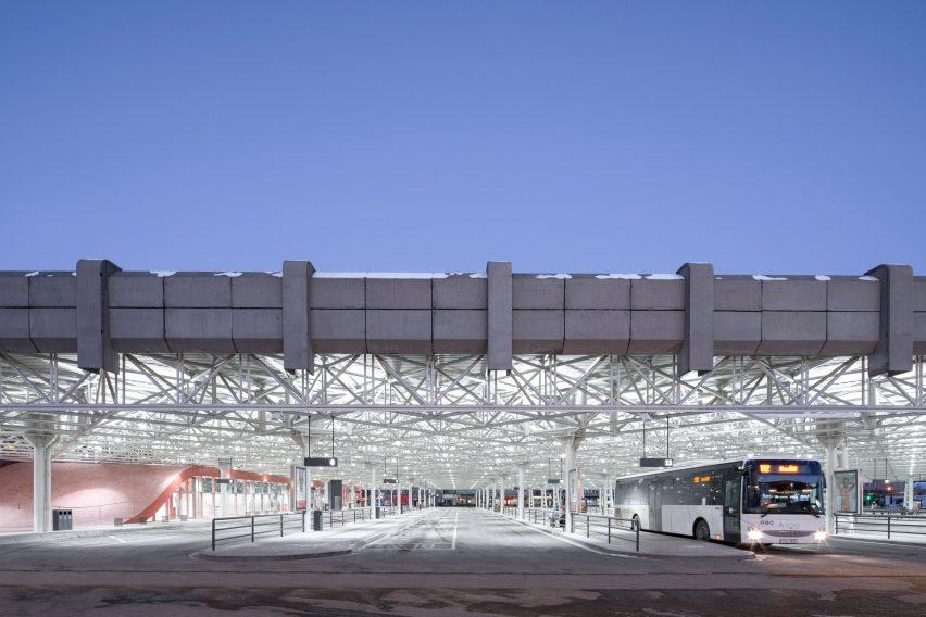 Exterior of Zvonarka bus terminal