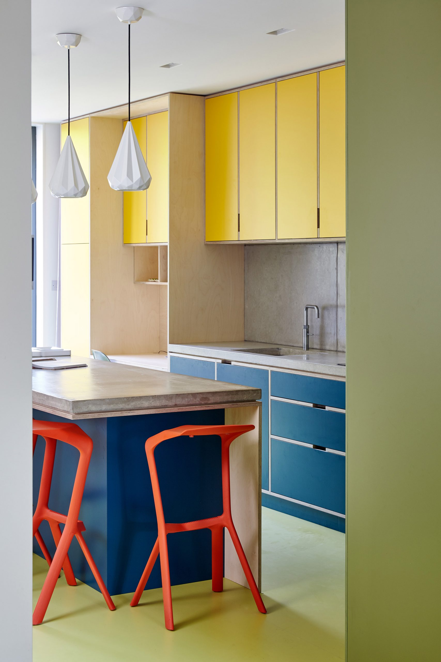 Interiors which use colour theory can adopt colour-blocking