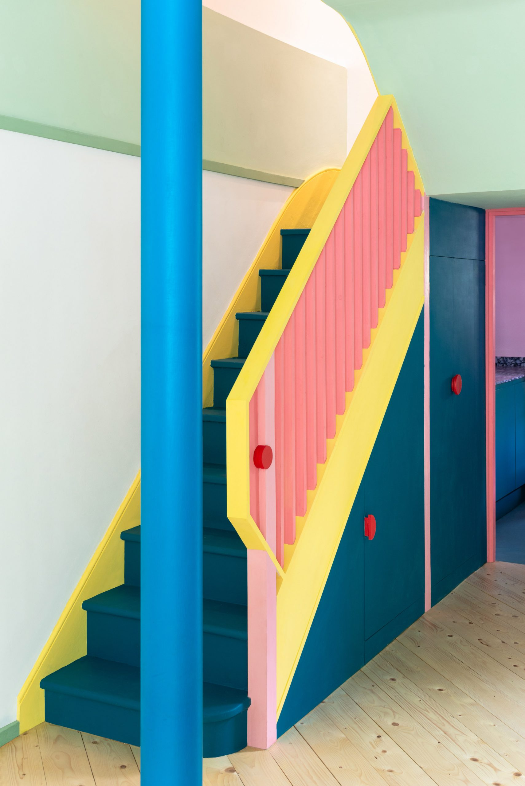 A colourful townhouse in Islington