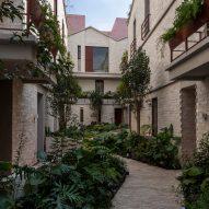 "CPDA incorporates ""secret garden"" into Mexico City apartment building"