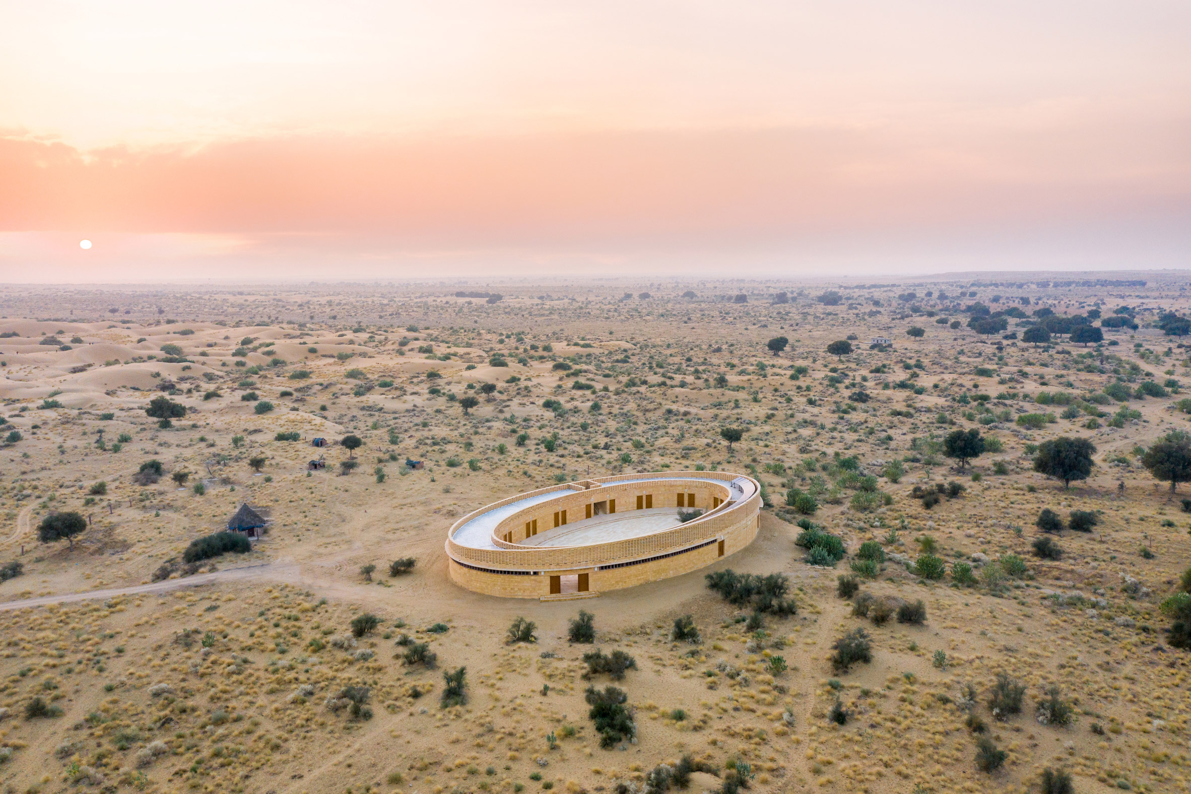 The school has an oval design by Diana Kellogg Architects