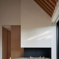 House on Bracondale Hill by Drew Mandel Architects