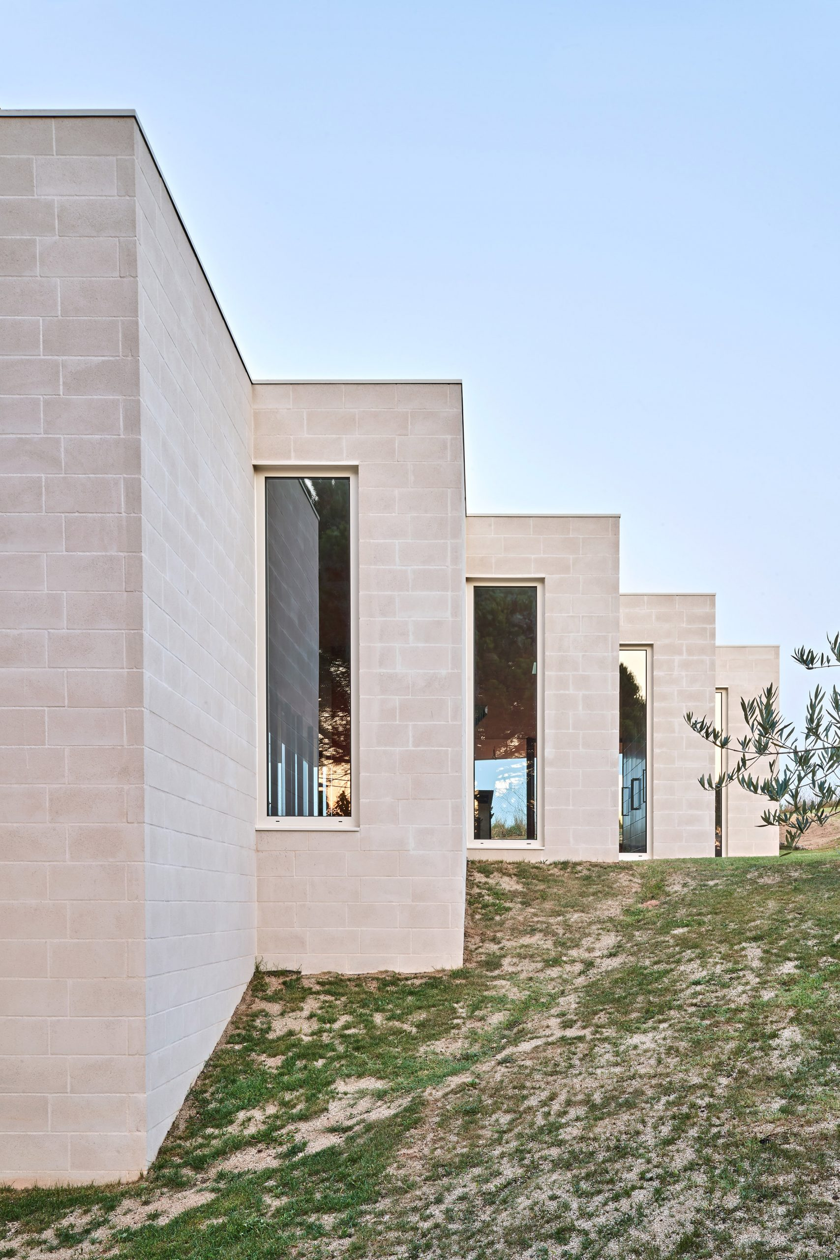 Windows of House in Sant Antoni de Vilamajor by Arquitectura-G
