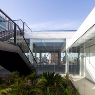 MAPA tops multi-storey car park in Uruguay with roof terrace