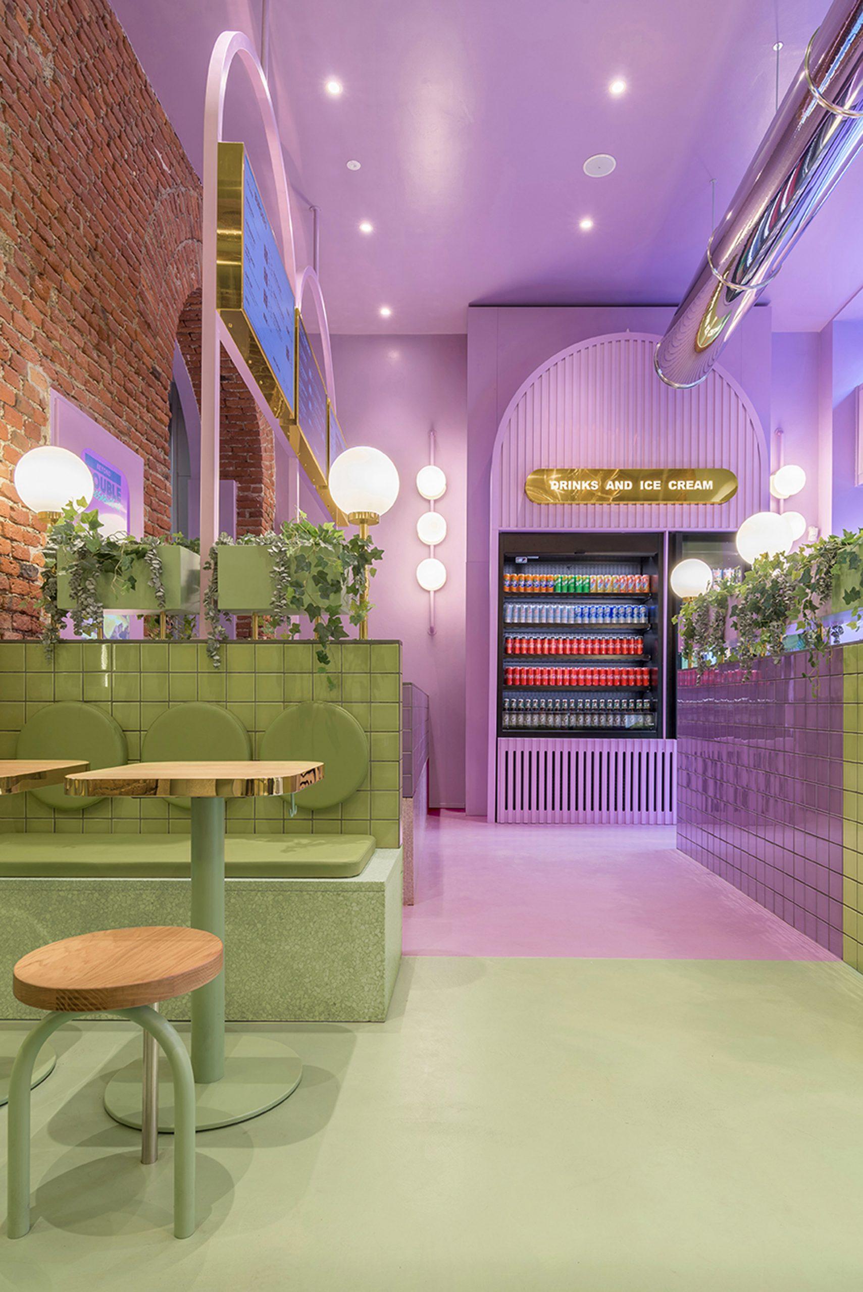 Colour-blocking in Milanese burger restaurant