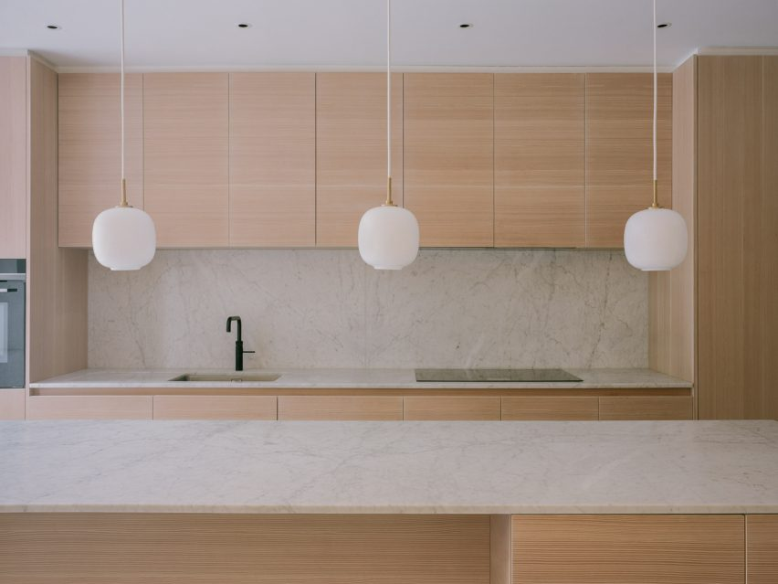 Neutral tones in the kitchen