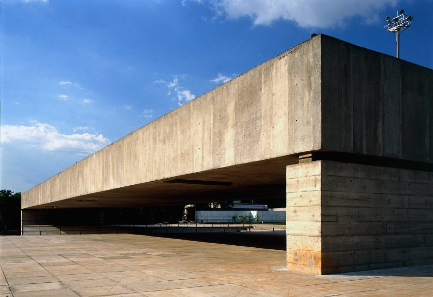 The Brazilian Sculpture Museum by Paulo Mendes da Rocha is formed of concrete slabs