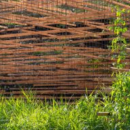 Battens are supported by the metal mesh