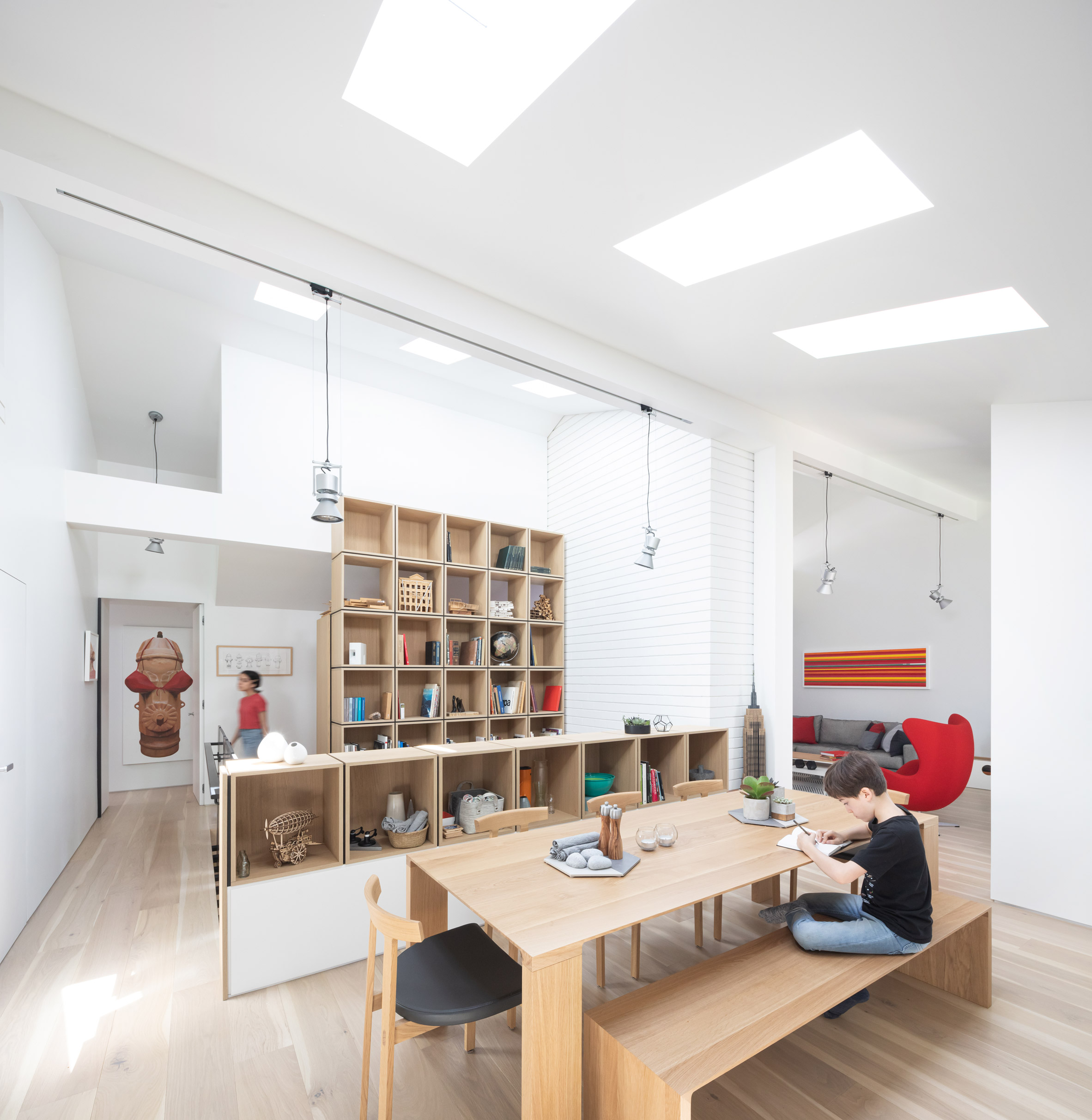 RSAAW renovated the house's interior with a double height library