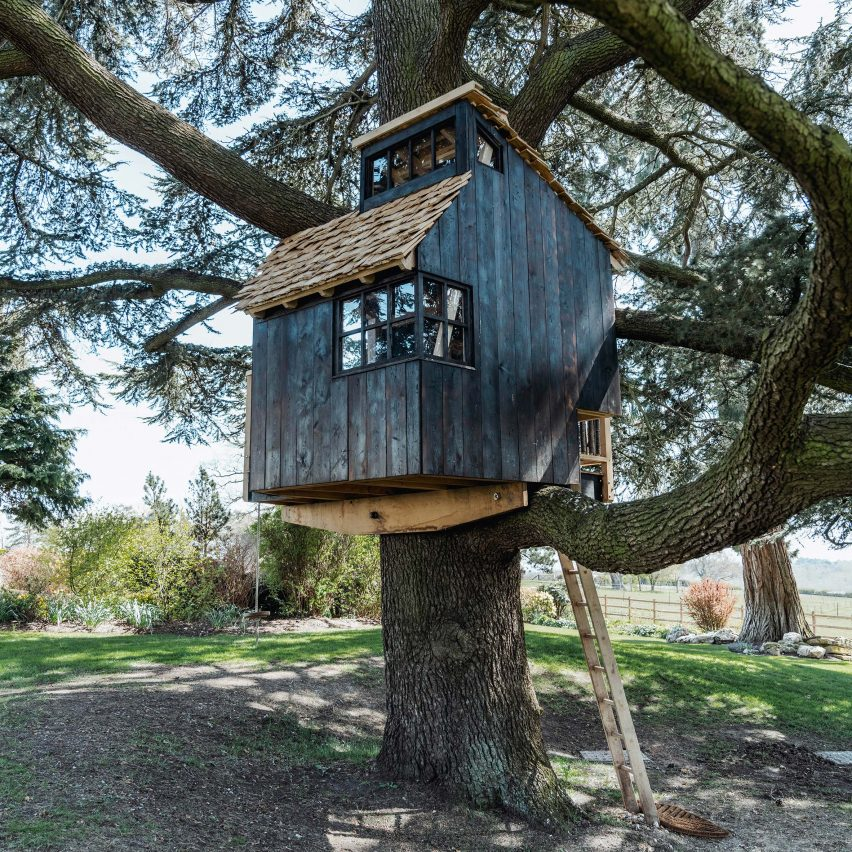 Treehouse in Hertfordshire by Sebastian Cox
