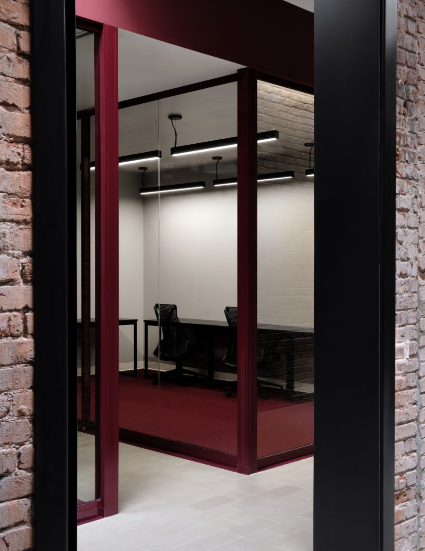 Ivy Studio created a mixture of light and dark areas
