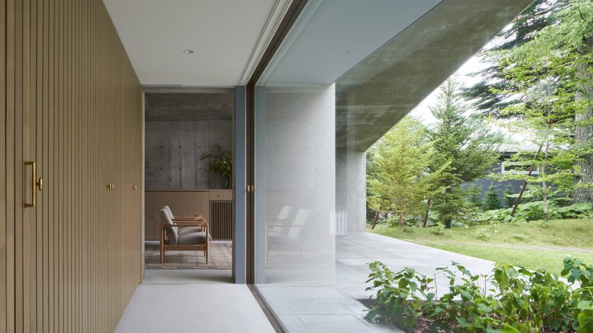 Garden view in Symbiotic House for Life After Retirement by READ & Architects