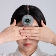Minwook Paeng develops robot eye to help users walk while looking at their phones