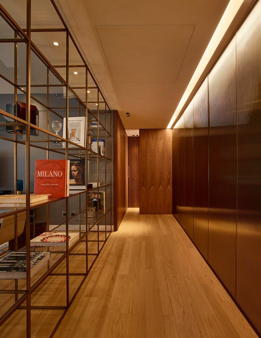 Lualdi's wooden hallway