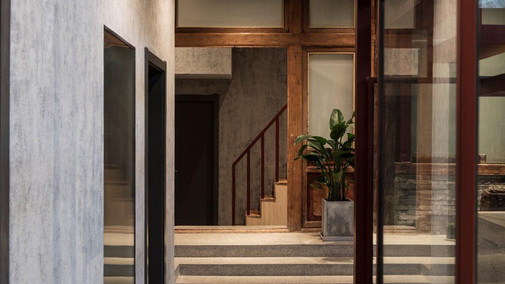 Fon Studio transforms Beijing hutong into hotel with interior courtyard