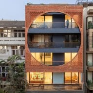 AKDA's brick-fronted Safdarjang Residence pays homage to Louis Kahn