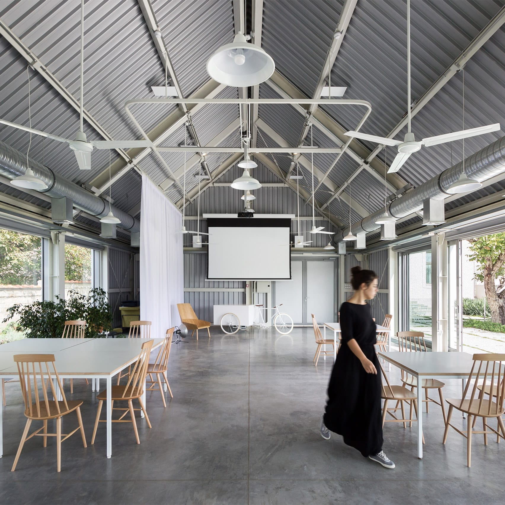 A shared work space in Mokrin House
