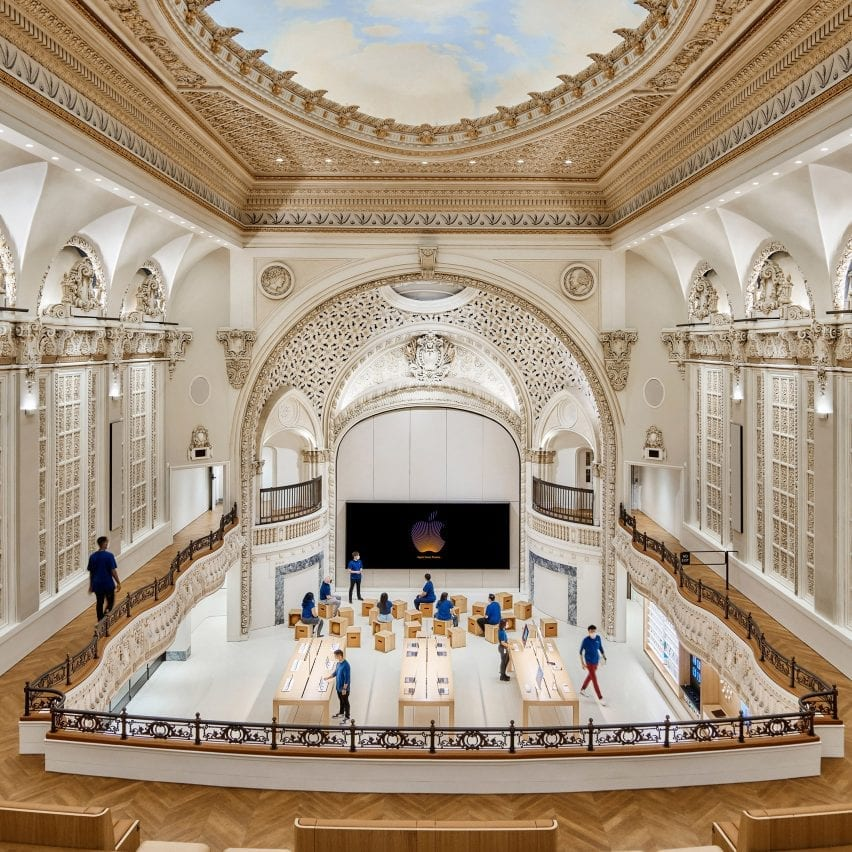 Apple opens store by Foster + Partners in Los Angeles' historic Tower Theatre