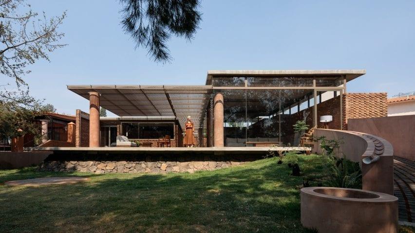 Exterior of Casa UC in Mexico