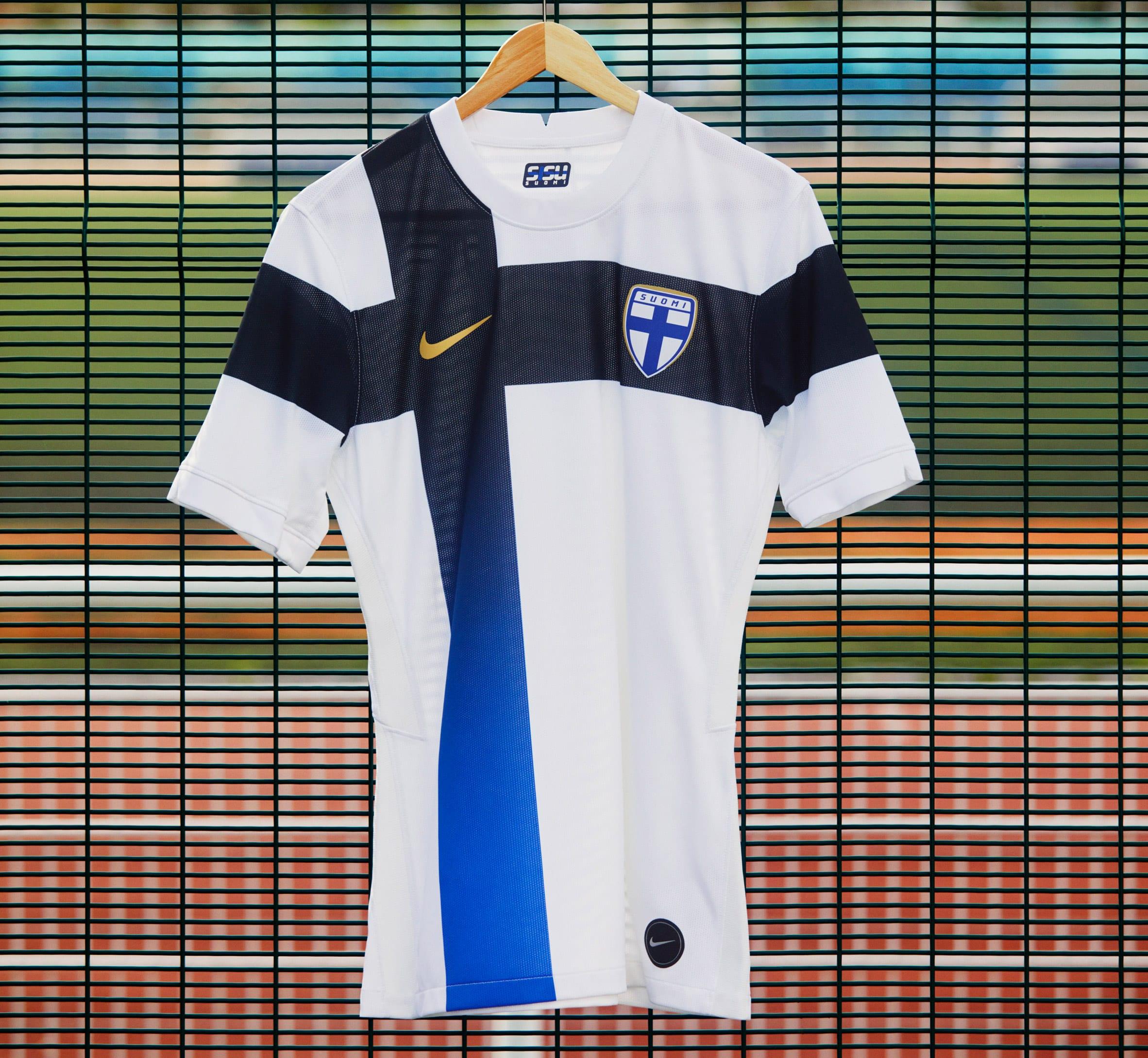 Finland football kit
