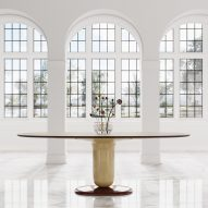 The Explorer dining table produced by BD Barcelona