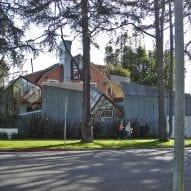 Frank Gehry reveals a neighbourhood dispute in today's Dezeen Weekly newsletter