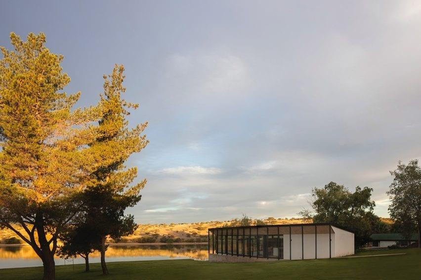 Lake Pavilion by Ignacio Correa Arquitecto