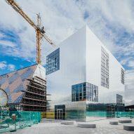 Barozzi Veiga designs reflective university building at London's Design District