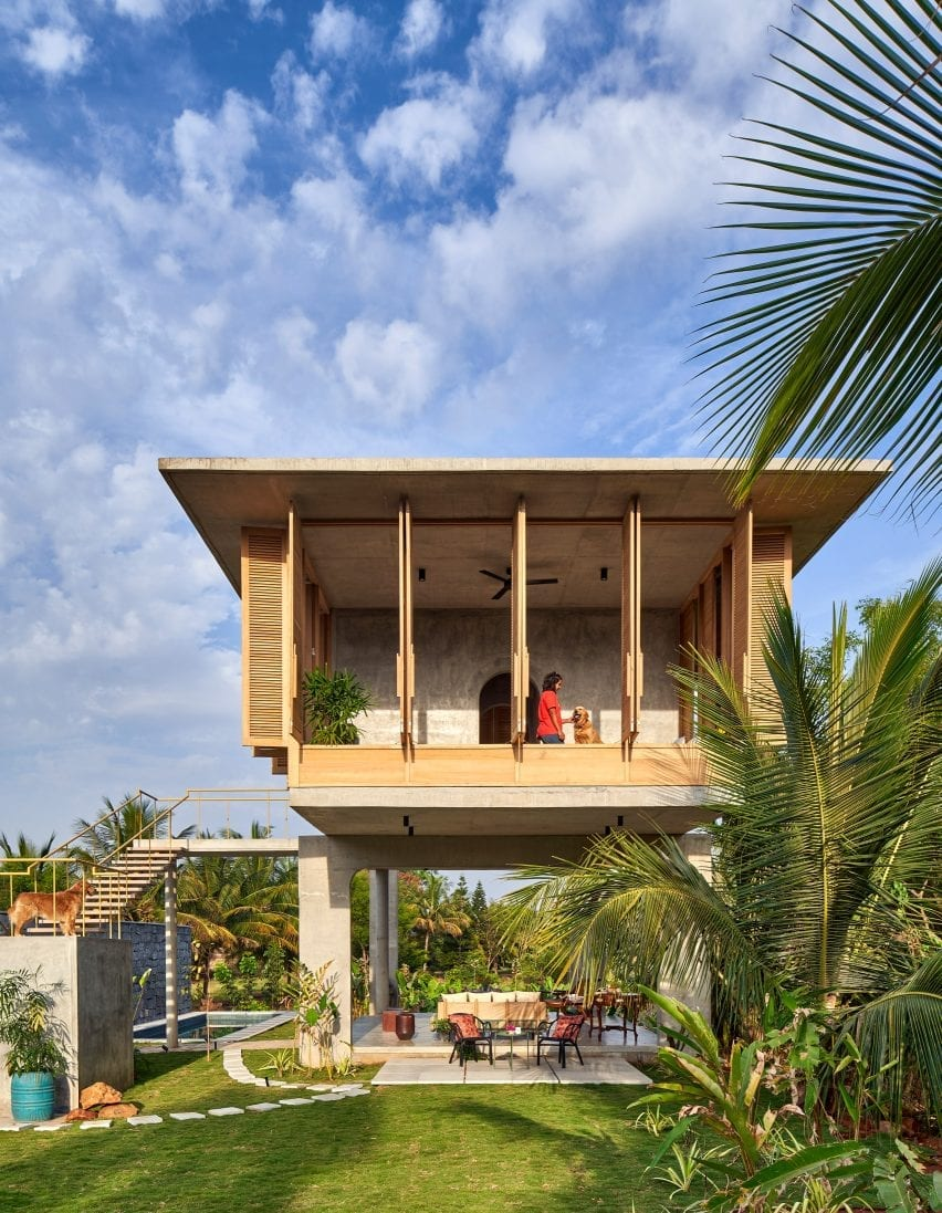 Living spaces of Ksaraah house in Bangalore by Taliesyn